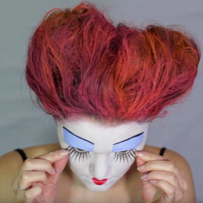 Queen of Hearts Make-Up Tutorial - Step 11