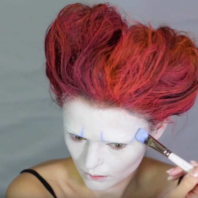 Queen of Hearts Make-Up Tutorial - Step 7