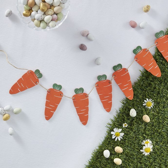 Wooden Easter Carrot Bunting