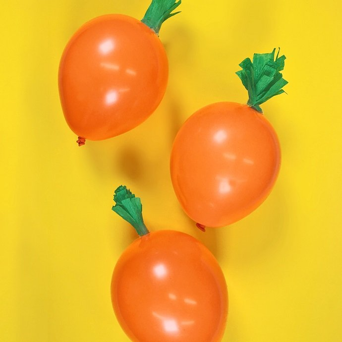 DIY Carrot Balloons