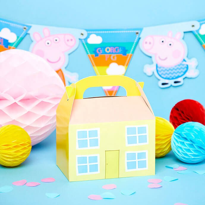 Peppa Pig party box decorated with printable house design