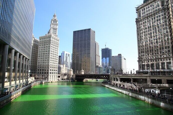 Chicago's river turned green for St Patrick's Day