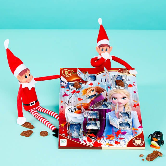 Elf on the Shelf opening a Frozen 2 advent calendar