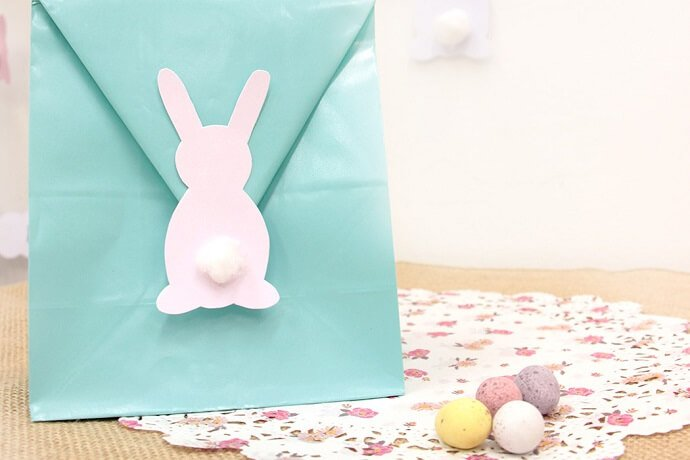 Robin's egg blue party bag with Easter Bunny decoration